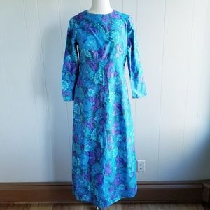 1970s Unlabeled Floral Poly Maxi Dress